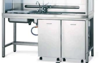 Actividades de mantenimento de mesas de tallado en laboratorios clínicos y servicios de anatomía patológica