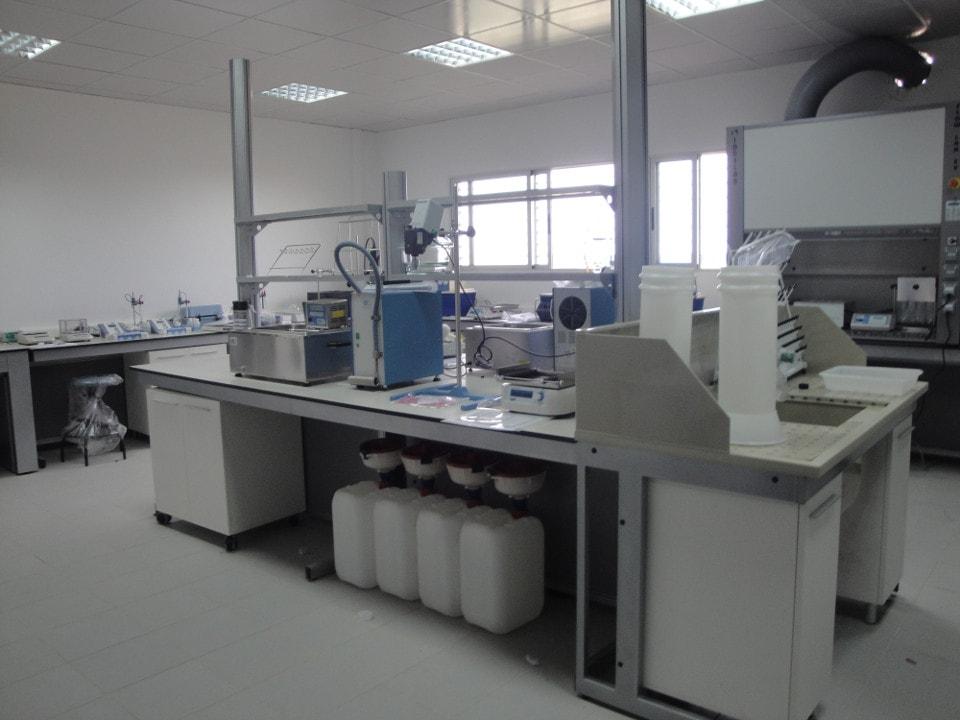 La sala de Físico-Químico del laboratorio agroalimentario de Benguela
