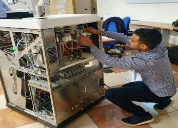 Mohamed Rouaghi, técnico del Servicio de Asistencia Técnica de ICSA